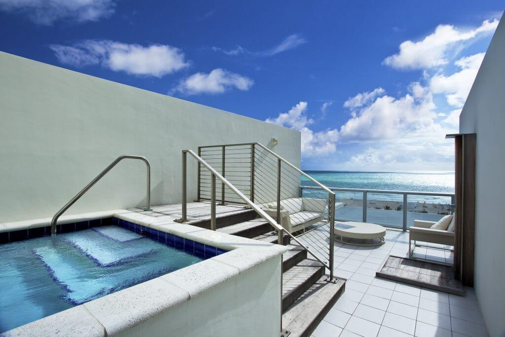 ...a sweet rooftop jacuzzi
